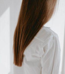 suplementy diety a włosy